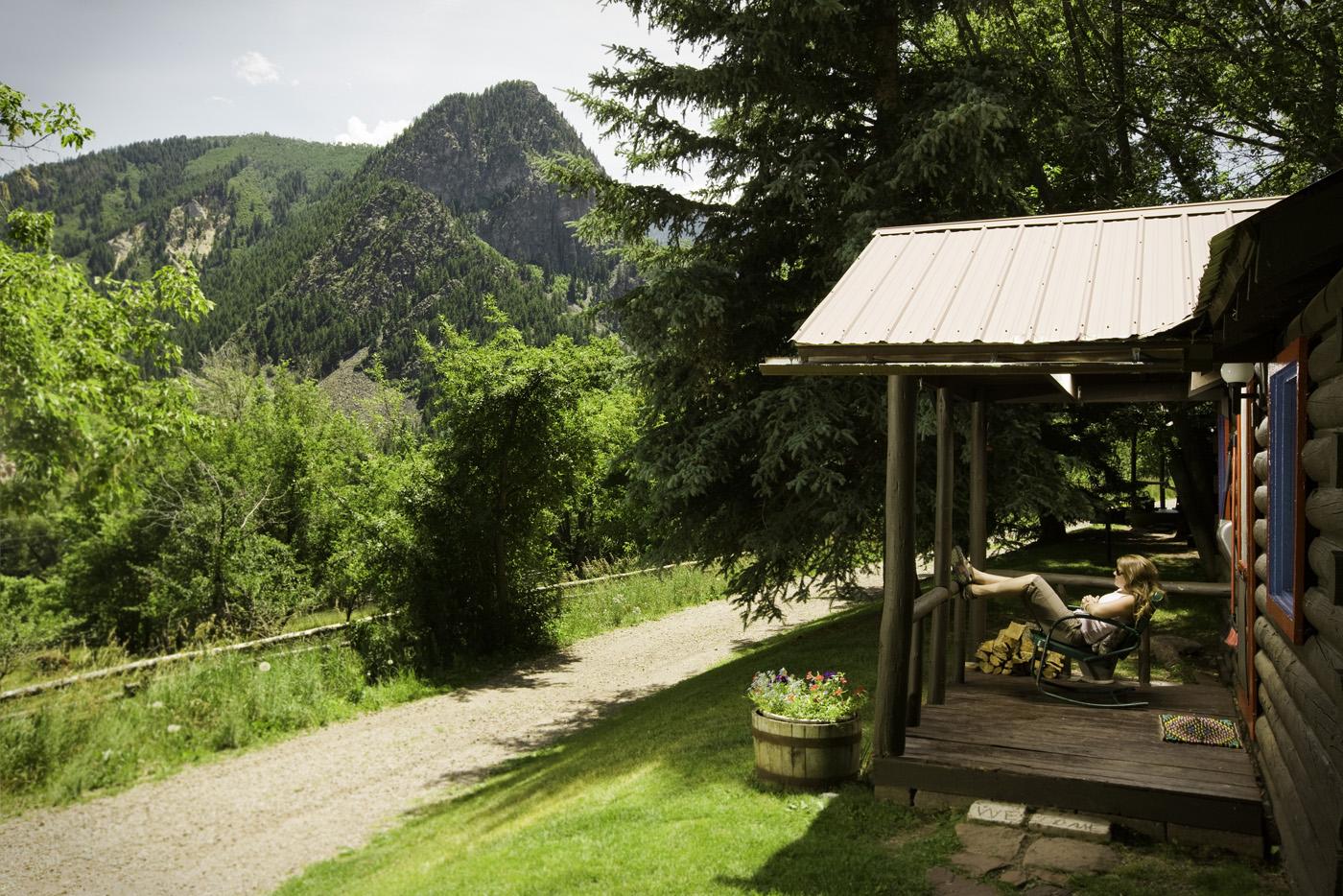 Cabin 8 Avalanche Ranch